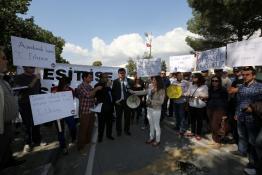 EYLEMDE HÜKÜMET YETKİLİLERİ PROTESTO EDİLDİ
