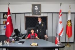 ÖĞRENCİLER, POLİS GENEL MÜDÜR VEKİLİ GÜRLER'İ ZİYARET ETTİ