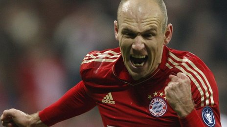 Taarruz Robben'le başlayacak