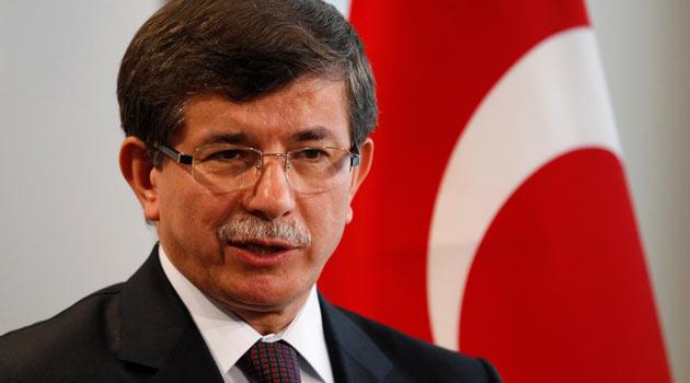 """DAVUTOĞLU: """"ÜÇ ALTERNATİFLİ TEKLİFİM MASADA"""""""