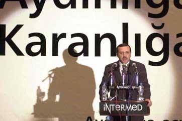 AKP'NİN CUMHURBAŞKANI ADAYI AÇIKLANDI: ERDOĞAN