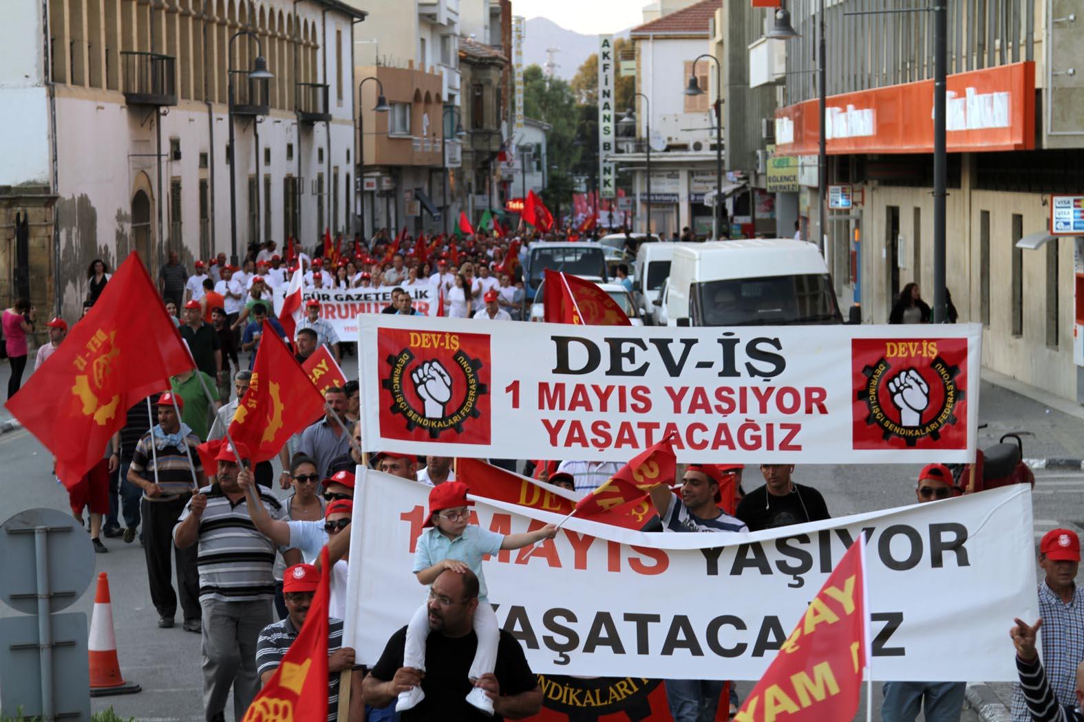 EMEKÇİLERE YÖNELİK UYGULANAN EKONOMİK POLİTİKALAR PROTESTO EDİLDİ