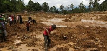 MYANMAR'DA TOPRAK KAYMALARI: 16 ÖLÜ!