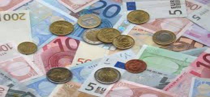 13 BİN EURO'YLA ÜLKEDEN ÇIKIŞ YAPMAYA ÇALIŞIRKEN..