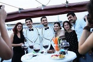 İSTANBUL'DA İLK EŞCİNSEL EVLİLİK!