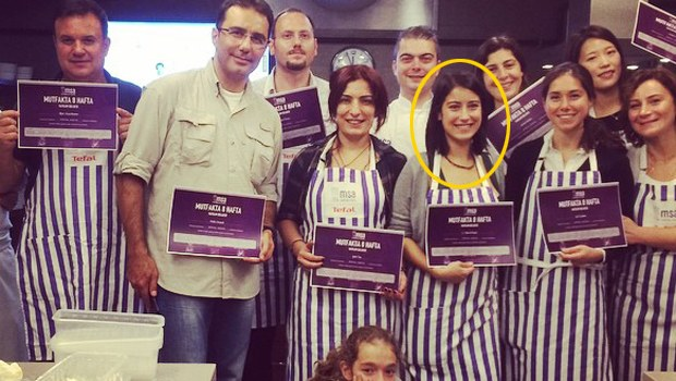 HAZAL KAYA'NIN SEVİNCİ...