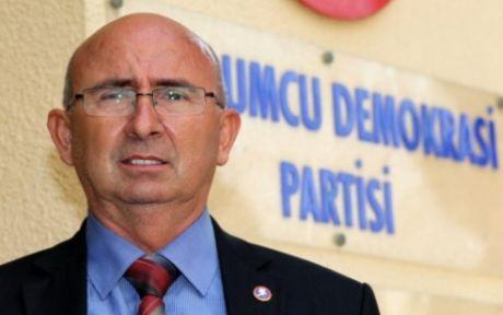 """""""TÜRKİYE DE, RUM YÖNETİMİ DE YANLIŞ"""""""