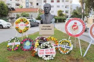 """BİRİNCİ: """"HAYATINI KIBRIS TÜRK TOPLUMUNA ADADI"""""""