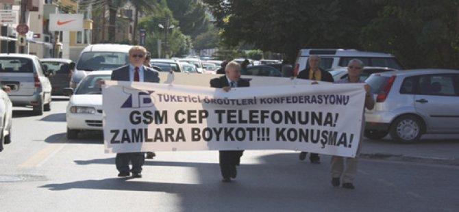 """""""CEP TELEFONLARIYLA GÖRÜŞME BOYKOT EDİLSİN"""""""