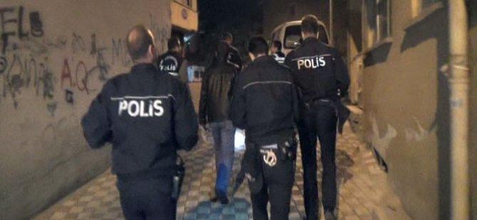 LEFKOŞA VE GİRNE'DE POLİSLER İŞ BAŞINDA!