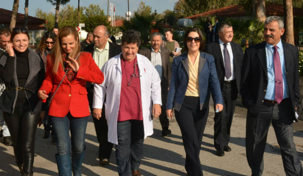 SİBEL SİBER LEFKE BÖLGESİ'NDE İNCELEMELERDE BULUNDU