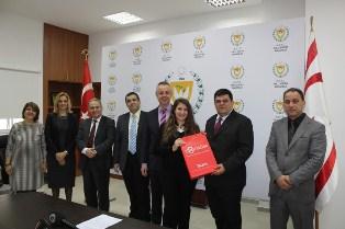 'DOKTOR FAZIL KÜÇÜK VE ÇOCUK SEVGİSİ'