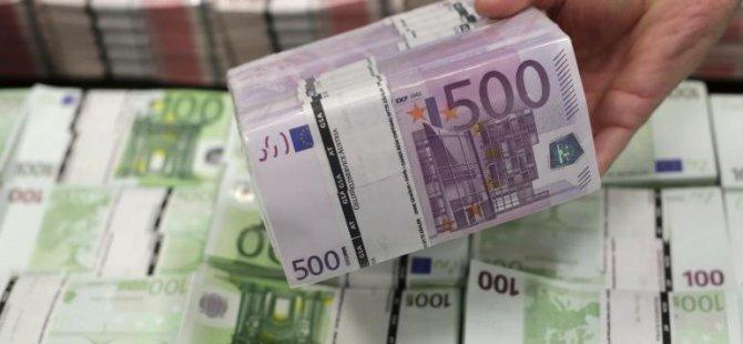 EURO 11 YILIN EN DÜŞÜĞÜNDE!