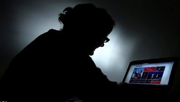 İnternet bağımlılığından kurtulmak için inanılmaz bir şey yaptı
