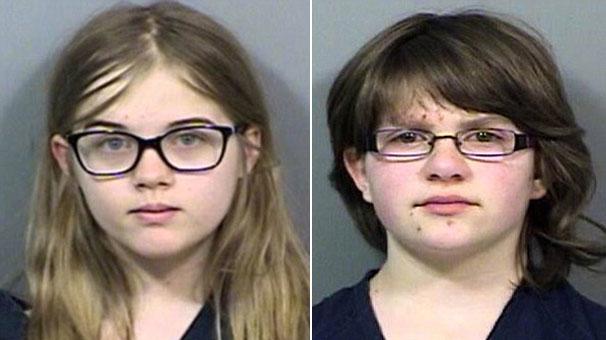12 yaşındaki kızlardan şok saldırı