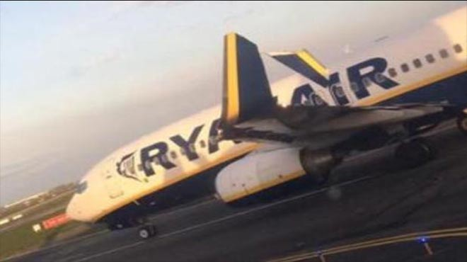 Ryanair'in iki uçağı pistte birbirine dolaştı!