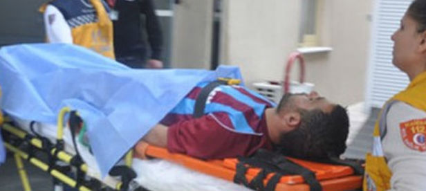 Genç futbolcu maç sırasında kalp krizi geçirdi