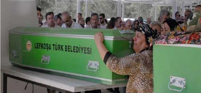 BİR ANNENİN ACI FERYADI... 'GİTME OĞLUM'