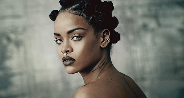 Rihanna'dan müzik tarihinde rekor