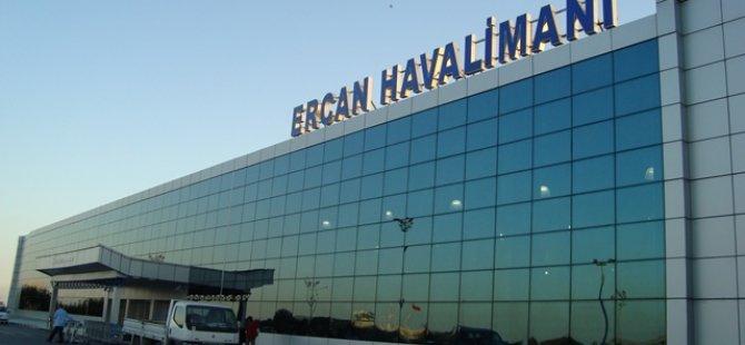 ERCAN'DA BOMBA PANİĞİ!