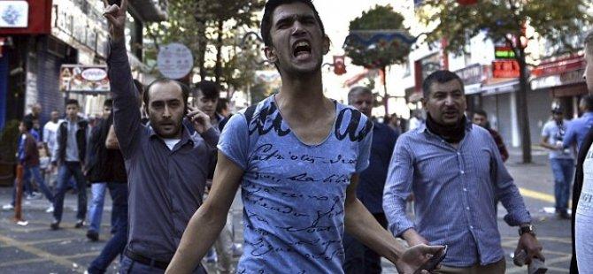 KIBRIS'TAKİ KÜRTLER TÜRKİYE'Yİ PROTESTO ETTİ