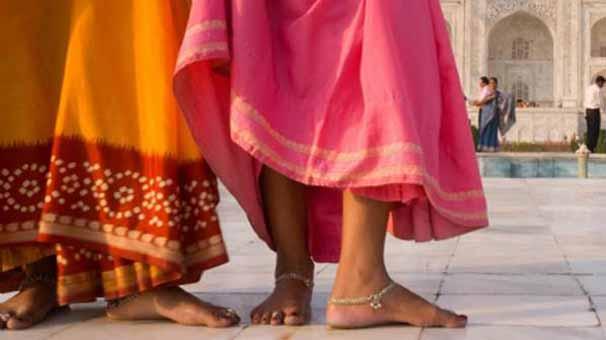 Evli kadınla kaçan adamı, 'kız kardeşlerine tecavüzle' cezalandırdılar