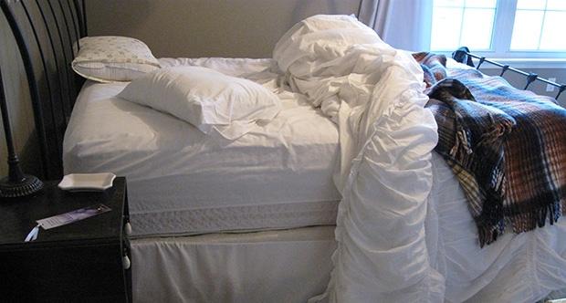 Bilim insanları uyarıyor: Sakın yatağınızı toplamayın!