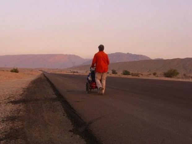 11 yıl yürüyerek dünyayı dolaştı