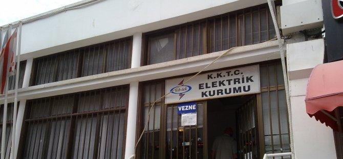 """PARA HALKTAN KESİLDİ"""
