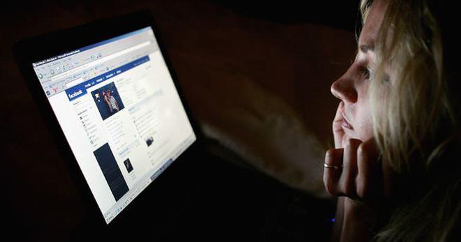 'Karım facebook'dan hiç çıkmıyor'