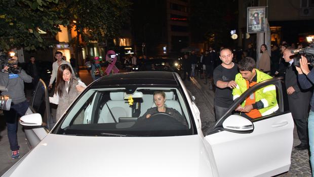Ece Erken ve Serkan Uçar'ın Olaylı Gecesi!