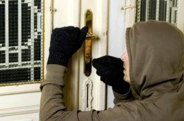 Özürcü hırsız yakayı ele verdi