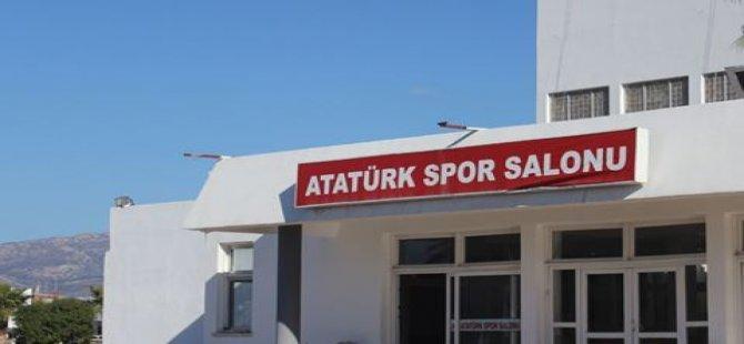 ATATÜRK SPOR SALONU TEPKİ ÇEKİYOR