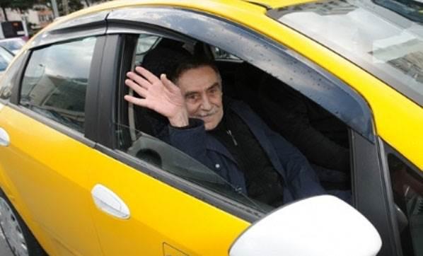 Taksici ünlü oyuncuyu tanımadı!