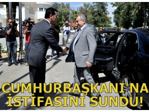 BAŞBAKAN KÜÇÜK CUMHURBAŞKANI'NA İSTİFASINI SUNDU!