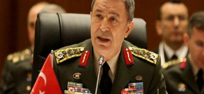 AA: Genelkurmay Başkanı Akar rehin alındı