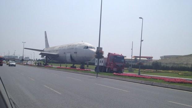 Uçak yola çıktı