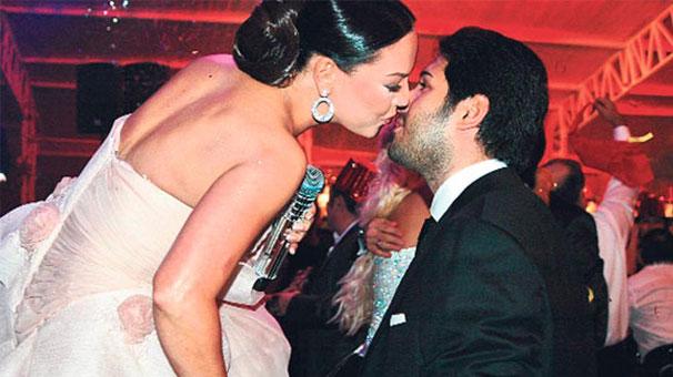 Reza'nın Eski Sevgilisinden Boşanma İle İlgili...