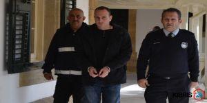 POLİSE 4 YIL HAPİS!