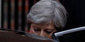 Theresa May oynadığı kumarı kaybetti