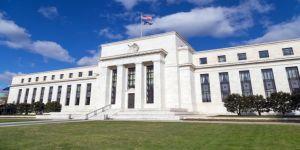 Fed'de sürpriz istifa!