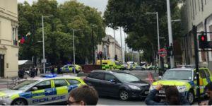 Londra'da bir araç müze yakınlarında yayalara çarptı