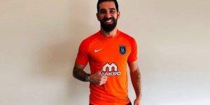 Medipol Başakşehir, Arda Turan transferini resmen açıkladı