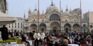 Venedik'te 4 Japon turiste kesilen 1100 euro hesap isyan ettirdi