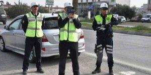 POLİSTEN GİRNE VE GAZİMAĞUSA'DA HUZUR OPERASYONU