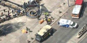 Kanada'nın Toronto kentinde kamyonet kalabalığa daldı: 10 ölü, 15 yaralı