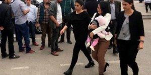 Ayşe Öğretmen serbest bırakıldı
