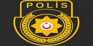 POLİSİ GÖREVİNDEN MEN ETTİ!