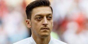 Almanya'dan Mesut Özil'e sürpriz kutlama!