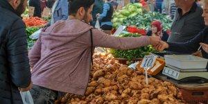 Ekonomisi Türkiye'ye bağımlı KKTC'de kur krizi derinleşiyor